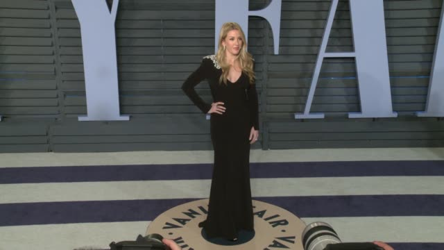 vídeos de stock, filmes e b-roll de ellie goulding at 2018 vanity fair oscar party on march 04 2018 in beverly hills california - ellie goulding