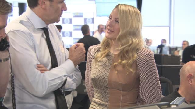 vídeos de stock, filmes e b-roll de ellie goulding at bgc annual global charity day on september 11 2017 in london england - ellie goulding