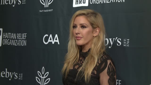 vídeos de stock, filmes e b-roll de ellie goulding at sean penn friends haiti takes root benefit dinner auction supporting j/p haitian relief organization at sotheby's on may 05 2017 in... - ellie goulding