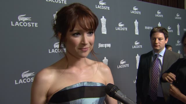 vídeos de stock, filmes e b-roll de ellie kemper on what brings her out, how important the wardrobe is to a characters development at 14th annual costume designers guild awards on... - ellie kemper