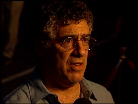 elliott gould at the 'curse of the jade scorpion' premiere at jazz bakery in los angeles california on august 8 2001 - elliott gould stock videos & royalty-free footage