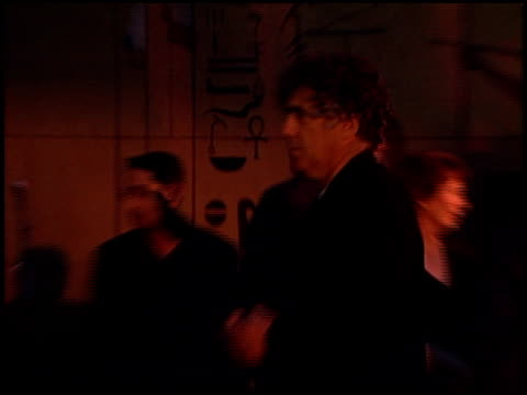 elliott gould at the 'election' premiere at the egyptian theatre in hollywood california on april 19 1999 - elliott gould stock videos & royalty-free footage