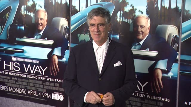 elliott gould at the 'his way' premiere at los angeles ca - elliott gould stock videos & royalty-free footage