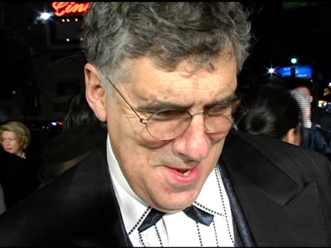 elliott gould at the 'ocean's twelve' los angeles premiere arrivals at grauman's chinese theatre in hollywood california on december 8 2004 - elliott gould stock videos & royalty-free footage