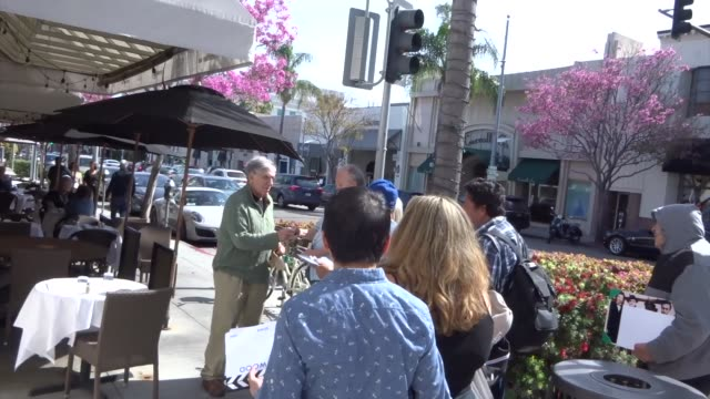 elliott gould signs for fans after lunch in beverly hills at celebrity sightings in los angeles on march 29 2019 in los angeles california - elliott gould stock videos & royalty-free footage