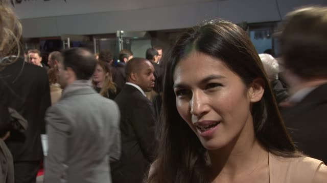 elodie yung on working with a big cast who was helpful on set reading the trilogy at the girl with the dragon tattoo world premiere at odeon... - the girl with the dragon tattoo stock videos and b-roll footage