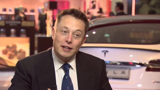 vídeos de stock, filmes e b-roll de elon musk saying tesla wanted the 'model s' car to be a highperformance electric car which looked beautiful - veículo com combustível alternativo