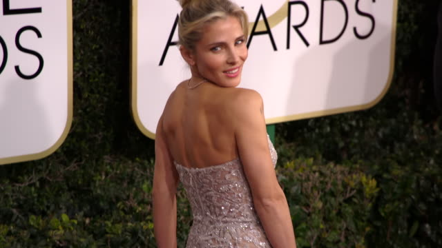 vídeos de stock e filmes b-roll de elsa pataky at 74th annual golden globe awards arrivals at 74th annual golden globe awards arrivals at the beverly hilton hotel on january 08 2017 in... - atriz