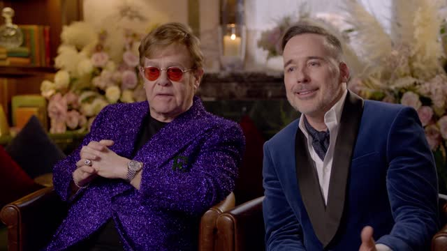 elton john and david furnish on previous years' performers at the 29th annual elton john aids foundation academy awards viewing party on april 25,... - エルトン・ジョン点の映像素材/bロール