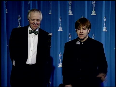 elton john at the 1995 academy awards granada tv at the shrine auditorium in los angeles, california on march 27, 1995. - 67th annual academy awards stock videos & royalty-free footage