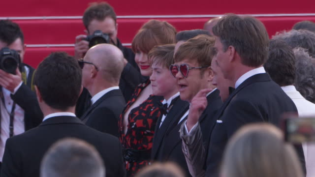 SLOMO Elton John Bryce Dallas Howard at 'Rocketman' Red Carpet on May 16 2019 in Cannes France