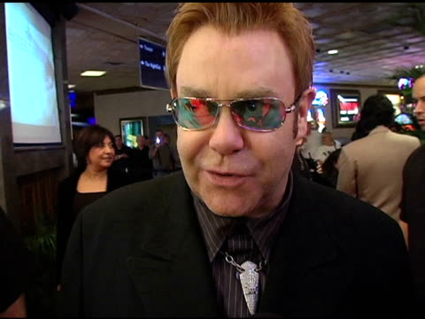 elton john on barry manilow as a performer at the 'barry manilow: music and passion' opening night at the las vegas hilton hotel in las vegas, nevada... - バリー・マニロウ点の映像素材/bロール