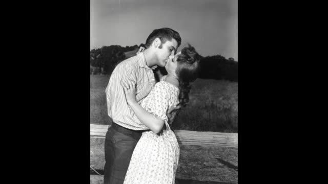 GIF Elvis Presley and Debra Paget during the filming of 'Love Me Tender' in Los Angeles CA