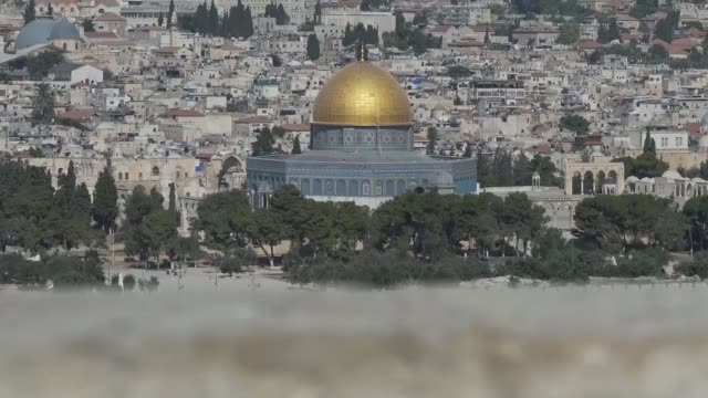 US embassy moved from Tel Aviv to Jerusalem Jerusalem EXT Wide shot of the Dome of the Rock of the AlAqsa Mosque in the Temple Mount
