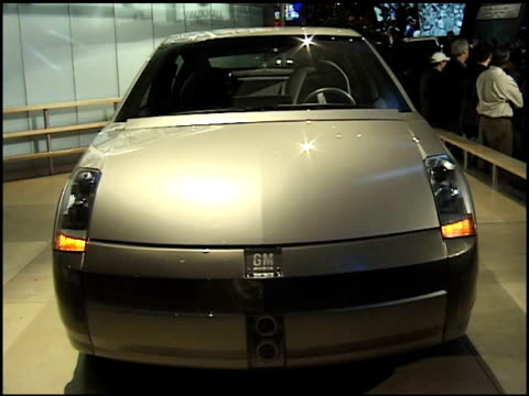 emblem; to front end of general motors precept concept car / front quarter driver side view; right to rear end of car; precept emblem; info sign 2000... - alternative fuel vehicle stock videos & royalty-free footage