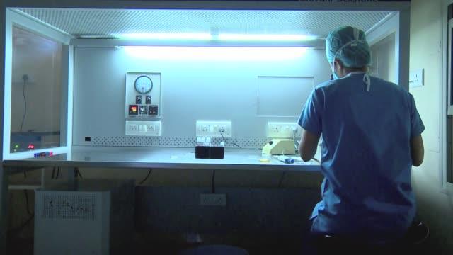 embryology laboratory - laboratory stock videos & royalty-free footage