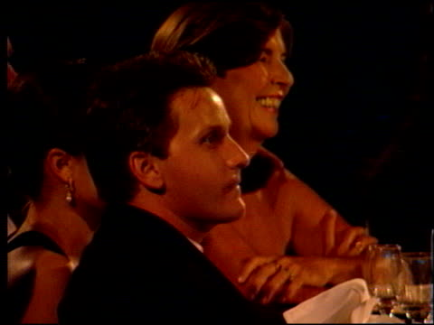 emilio estevez at the motion picture ball for tom cruise at the beverly hilton in beverly hills, california on september 22, 1996. - emilio estévez video stock e b–roll