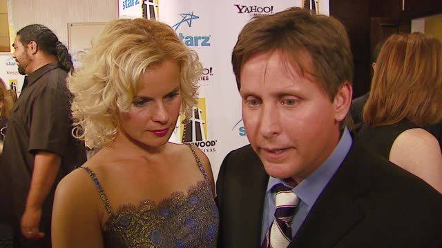 emilio estevez on 'bobby' and being honored for it at the hollywood film festival 10th annual hollywood awards at the beverly hilton in beverly... - emilio estévez video stock e b–roll