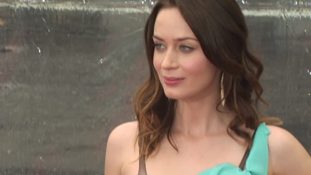 Emily Blunt at the 'Gulliver's Travels' Premiere at Hollywood CA