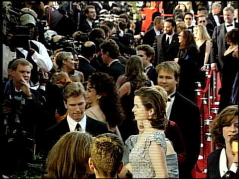 emily watson at the 1999 academy awards at the shrine auditorium in los angeles california on march 21 1999 - oscarsgalan 1999 bildbanksvideor och videomaterial från bakom kulisserna