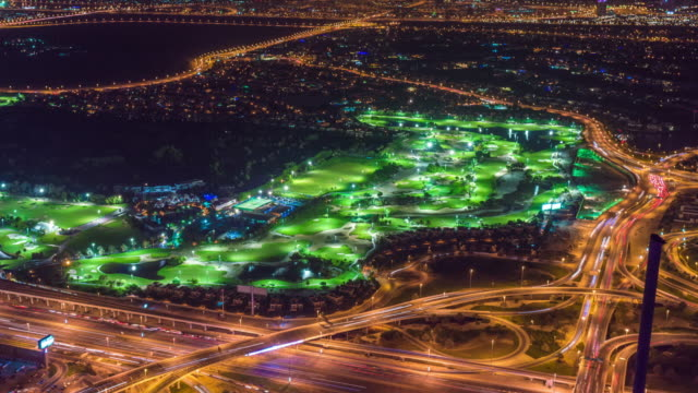 emirates golf course dubai at night - links golf stock videos & royalty-free footage