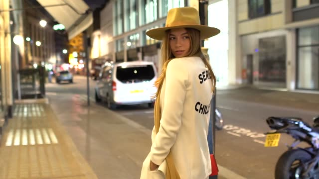 emma connolly at london fashion week menswear s/s 2018 - topman party at bfc show space on january 7, 2018 in london, england. - london fashion week点の映像素材/bロール