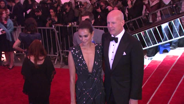 emma hemming and bruce willis at the 'the model as muse embodying fashion' costume institute gala at the metropolitan museum of art arrivals at new... - bruce willis stock videos and b-roll footage