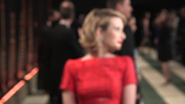 vídeos de stock, filmes e b-roll de emma roberts at the 2014 vanity fair oscar party hosted by graydon carter - arrivals on march 02, 2014 in west hollywood, california. - graydon carter