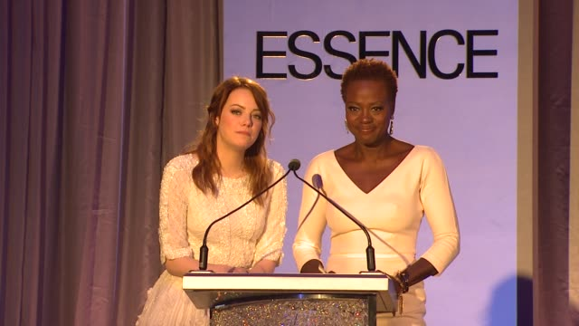vídeos de stock, filmes e b-roll de emma stone and violan davis on the event at 5th annual essence black women in hollywood luncheon on 2/23/2012 in beverly hills ca - viola davis