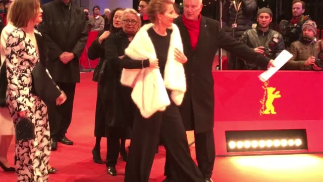 emma thompson at 'alone in berlin' red carpet 66th berlin international film festival at berlinale palast on february 15 2016 in berlin germany - emma thompson stock videos & royalty-free footage