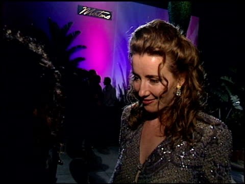 emma thompson at the 1995 academy awards granada tv at the shrine auditorium in los angeles california on march 27 1995 - emma thompson stock videos & royalty-free footage