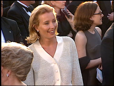 emma thompson at the 1996 academy awards arrivals at the shrine auditorium in los angeles, california on march 25, 1996. - 第68回アカデミー賞点の映像素材/bロール