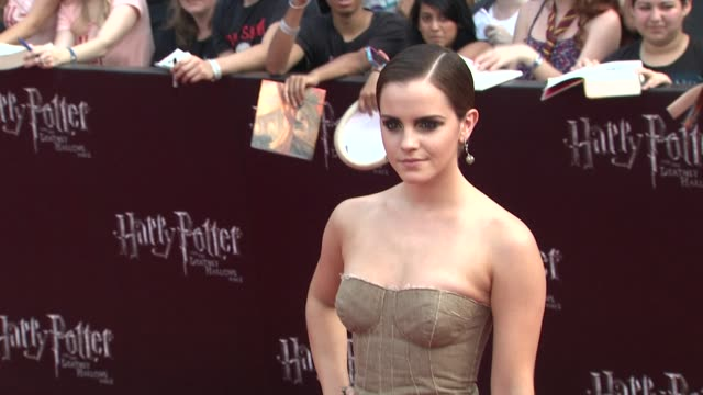 emma watson at the 'harry potter and the deathly hallows: part 2' new york premiere - arrivals at new york ny. - harry potter titolo d'opera famosa video stock e b–roll