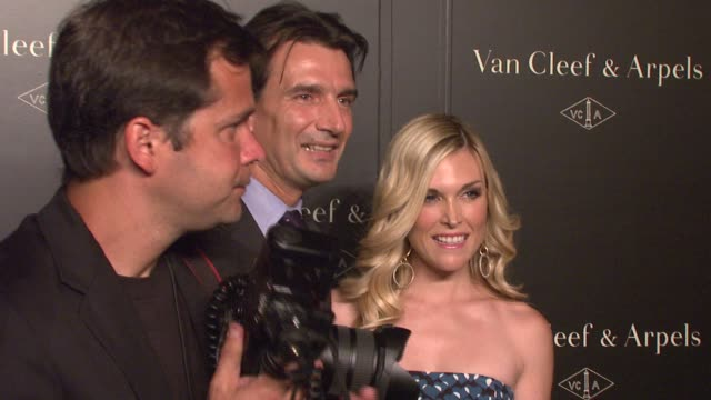 emmanuel perrin and tinsley mortimer at the 'une journee a paris' hosted by van cleef arpels at the hammerstein ballroom in new york new york on... - hammerstein ballroom bildbanksvideor och videomaterial från bakom kulisserna