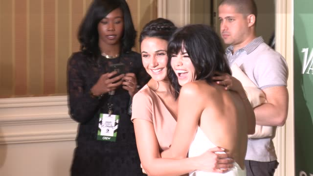 emmanuelle chriqui and jenna dewan at variety's power of women luncheon 2016 at regent beverly wilshire hotel on october 14, 2016 in beverly hills,... - regent beverly wilshire hotel stock videos & royalty-free footage