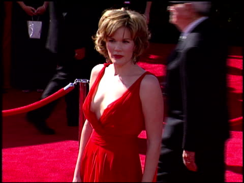 emmy awards 2003 cam a1 at the 2003 emmy awards at the shrine auditorium in los angeles, california on september 21, 2003. - shrine auditorium stock videos & royalty-free footage