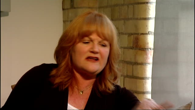 emmy awards lesley nicol interview sot people are fascinated - ペニー マーシャル点の映像素材/bロール