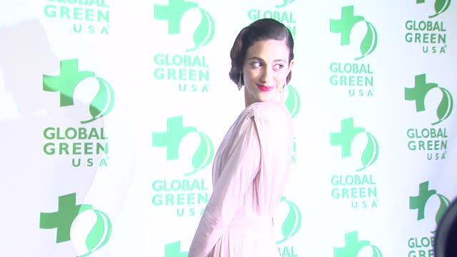vídeos de stock e filmes b-roll de emmy rossum at global green usa's 10th annual preoscar party on 2/20/13 in los angeles ca - festa do óscar