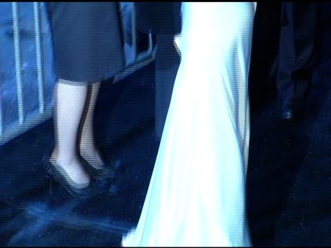 vídeos de stock e filmes b-roll de emmy rossum at the 2005 critics' choice awards at the wiltern theater in los angeles, california on january 10, 2005. - prémios critics choice movie awards