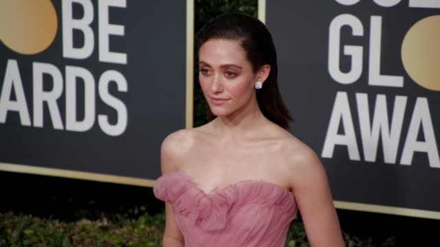 vídeos de stock, filmes e b-roll de emmy rossum at the 76th annual golden globe awards arrivals 4k footage at the beverly hilton hotel on january 06 2019 in beverly hills california - emmy rossum