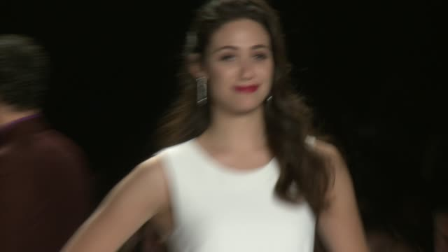 emmy rossum walks the runway during project runway - spring 2015 mercedes-benz fashion week at the theatre at lincoln center on september 04, 2014 in... - mercedes benz fashion week stock videos & royalty-free footage