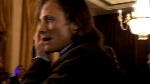 vidéos et rushes de empire film awards 2009 gvs of viggo mortensen and danny boyle sean bean interview sot on it being good night on who was on his table on what he's... - sean bean