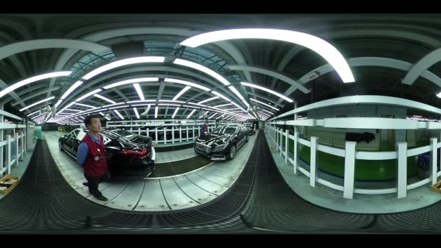 employees perform final inspections on hyundai motor co. genesis luxury sedans on the production line at the company's plant in ulsan, south korea on... - 360 grad panorama stock-videos und b-roll-filmmaterial