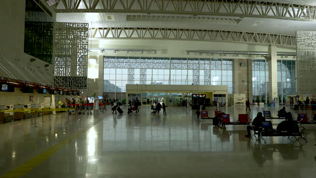empty airport terminal during the covid-19 pandemic - aircraft carrier stock videos & royalty-free footage