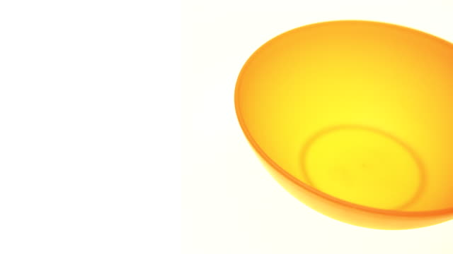 Empty Bowl 4K