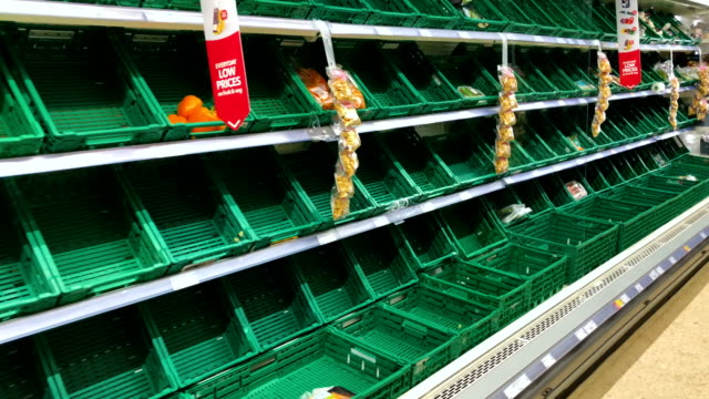 stockvideo's en b-roll-footage met empty bread shelves seen in a supermarket on march 2 2018 in central edinburgh scotland weather fronts dubbed storm emma and the beast from the east... - shelf
