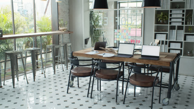 empty co-working space - coworking stock videos & royalty-free footage