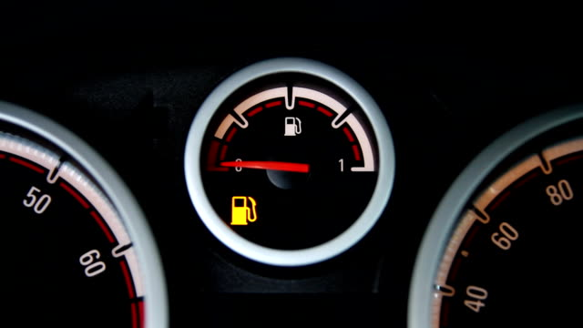 empty fuel tank warning - fossil fuel stock videos & royalty-free footage