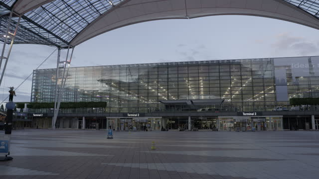 empty hallway between the two terminals of munich airport on july 18, 2021 in munich, germany. the novel corona virus is still affecting air travel... - ghost town stock videos & royalty-free footage