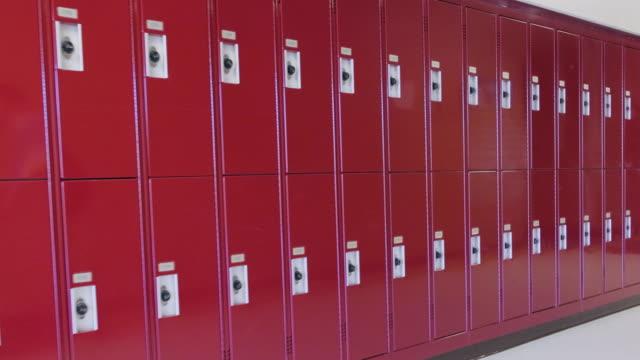 empty high school hallway - locker stock videos & royalty-free footage
